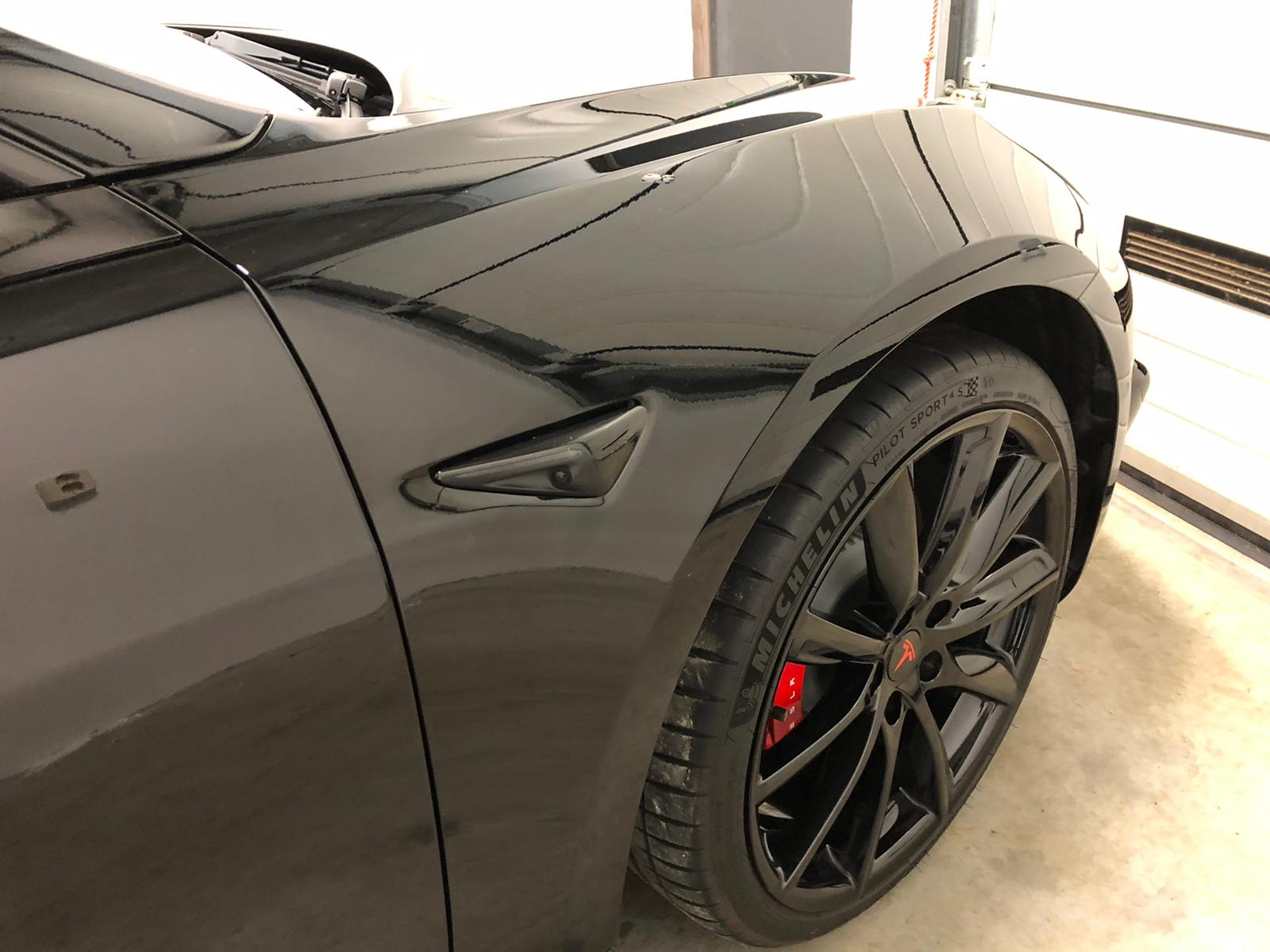 glanzdetail-full-detail-tesla-model-3-performance-16